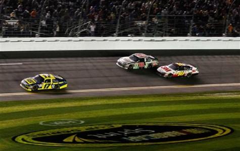 Matt Kenseth Wins Record-Breaking Daytona 500