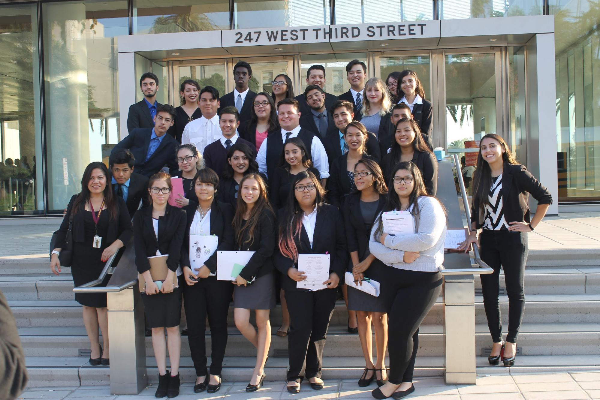 Mock Trial teams before the first round with team coaches Candice Tapia & Lucy Leyva.
