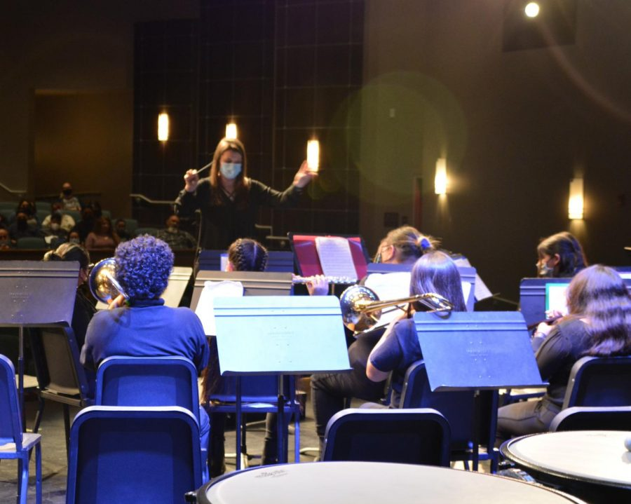 Colton Middles Advanced Band, led by Caitlin Curran, impressed the audience with their take on Soldier, Soldier.