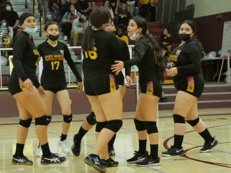 Senior Karime Parra brings her teammates together for one last rally against San Gorgonio. It wasnt enough, as the Yellowjackets fell, 3-0 to the Spartans.